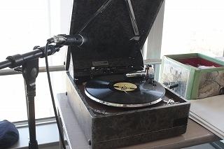 190403手回し蓄音機 (24).jpg