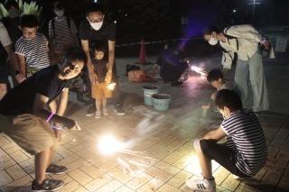 200815公園で花火をしよう! (126).jpg