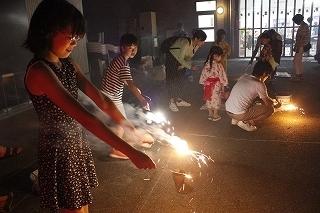 ★180811公園で花火をしよう (40).jpg